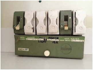 switchboards & rewiring florance electrical fuse box safety issues if you have fuses installed in the switchboard of your home or workplace, florance electrical can upgrade your system to modern safety switches that comply